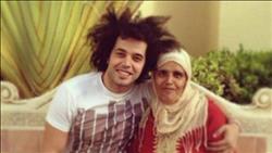 وفاة والدة المطرب عبد الفتاح الجريني