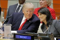هيلي عن شائعة علاقتها مع ترامب: «مثيرة للاشمئزاز»