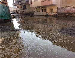 صحافة المواطن| الصرف الصحى يغرق قرية الخمسة بالدقهلية