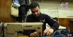 بالفيديو.. «ناجي» لا يعرف اليأس.. أسس محل «ترزي» رغم إعاقته ويتعامل مع زبائنه بالإشارة
