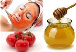 ماسك الطماطم والعسل لعلاج «حب الشباب»