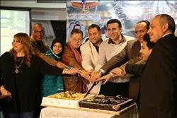 أسرة «الأستاذ مفيد عايش» تحتفل ببدء تسجيل حلقات المسلسل