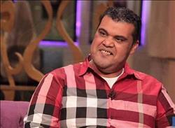 أحمد فتحى ضيف الراديو بيضحك علي ٩٠٩٠