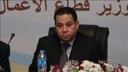 بدوي: حريصون على النهوض بصناعة الغزل والنسيج