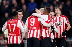 أيندهوفن يفوز على سبارتا روتردام في الدوري الهولندي