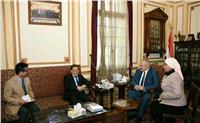 رئيس جامعة القاهرة يلتقي سفير الصين لبحث أوجه التعاون المشتركة