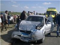 مصرع شخص وإصابة 4 في حادث انقلاب سيارة بالمحور
