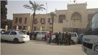 وقفة احتجاجية لسائقي الميكروباص أمام ديوان محافظة الغربية