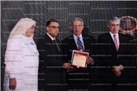 صور| تكريم عمرو موسى وطارق المهدي بحفل «جائزة باديب»
