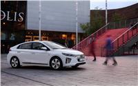 المطورون العقاريون مدعوون لتركيب نقاط شحن للسيارات الكهربائية
