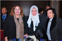 صور| تكريم عفاف شعيب ورجاء حسين وشعبولا بمؤتمر «الوحدة العربية»