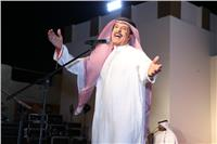 عبد الله بالخير يتألق في ليالي الفجيرة للفنون