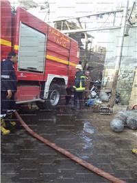 نشوب حريق بورشة خردة في منطقة السبتية