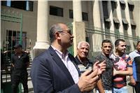 وصول «خالد علي» لحضور جلسة الاستئناف على حبسه بالفعل الفاضح