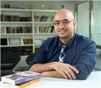 فوز الفنان شريف عرفة بجائزة «محمود كحيل» للكاريكاتير السياسي