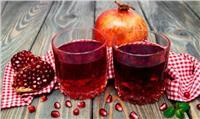 طريقة سريعة ولذيذة لعمل عصير الرمان