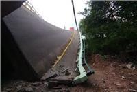مقتل ستة على الأقل في انهيار جسر للمشاة في فلوريدا