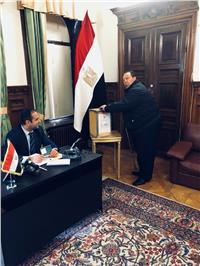 صور| المصريون يشاركون في الانتخابات الرئاسية بالسويد