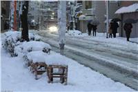إنقاذ 13 سائحا علقوا وسط الثلوج في طوكيو