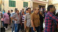 مصر تنتخب|أمن القليوبية يواجه الإقبال الكثيف بمقاعد وسرادقات خارج اللجان