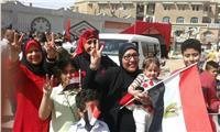 مصر تنتخب| صور.. زوجات وأمهات الشهداء يدلون بأصواتهن في الانتخابات