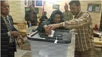 مصر تنتخب| أكبر معمّرتين بأسيوط تشاركن في الانتخابات في يومها الثالث