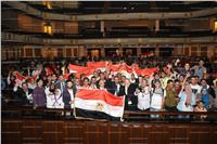 صور| طلاب جامعة القاهرة ينظمون احتفالية «لقاء في حب مصر»