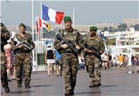 طوارئ في فرنسا بعد أسبوع «دموي»: حادث دهس واحتجاز رهائن