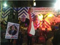 محافظ القليوبية يشارك الأهالي احتفالاتهم بفوزالسيسي