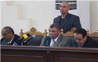 تأجيل محاكمة «بديع» و738 متهما آخرين بـ«فض رابعة» لـ10 أبريل
