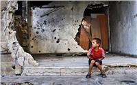 صور| بين الحب والحرب.. سوريا تتوه في «أطياف الغائبين»