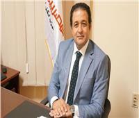 علاء عابد يهنئ عظيمات مصر بعد إقرار قانون «القومى للمرأة»