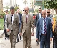 «إسماعيل» يستعرض الأجندة التشريعية للحكومة مع رئيس النواب