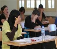 انتحال شخصية وإغماء.. أبرز مشاهد امتحان اللغة الإنجليزية
