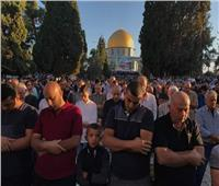 صور| رغم احتلالها.. الأهالي يؤدون صلاة العيد في «القدس»