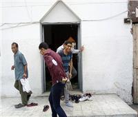 امتحانات الثانوية العامة| بالصور.. صلاة جماعية لطلاب شبرا قبل «الأحياء والديناميكا»