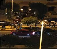 بالصور والفيديو| قوات الشرطة تؤمن فيلا محمد صلاح بعد تجمهر معجبيه