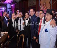صور  مصطفى قمر وشيبة وبوسي نجوم زفاف نجل أحمد الفضالي