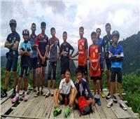 «تعليمهم الغطس بلا أنابيب أكسجين».. كيف تخطط تايلاند لإنقاذ «فتيان الكهف»؟