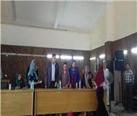 «القومي للمرأة» يسلم شهادات أمان للسيدات المعيلات بالمنيا
