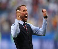 روسيا 2018| مشجعو إنجلترا يدعمون مدرب المنتخب بطريقتهم الخاصة