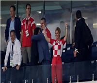 روسيا 2018| رئيسة كرواتيا تحتفل بصعود منتخب بلادها إلى نهائي المونديال