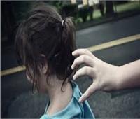خبراء: خطف الأطفال «عرض مستمر» .. والسر في «القانون»