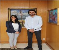 وزيرة السياحة تلتقي «عمر سمرة»أول مصري يصعد قمة جبل إيفرست