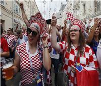روسيا 2018| صور.. استعدادات الجمهور الكرواتي للقاء النهائي