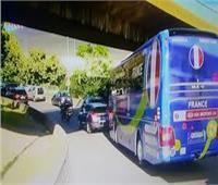 عاجل .. وصول حافلة المنتخب الفرنسي إلى ملعب المباراة