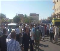 """الآلاف يشيعون جنازة الرائد """"سامح مدحت"""" بطور سيناء"""