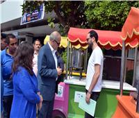 تسليم 20 عربة متنقلة للمأكولات السريعة لشباب القليوبية