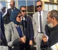 وزيرة الصحة تستعرض العقبات التي تواجه تشغيل مستشفى أسوان العام