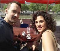 الصور الأولى لزواج منى هلا وصديقها الأجنبي